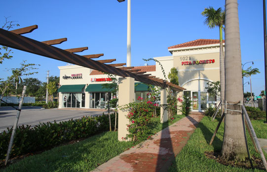Hallandale Beach Shops